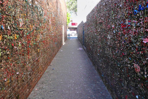 bubblegum-alley